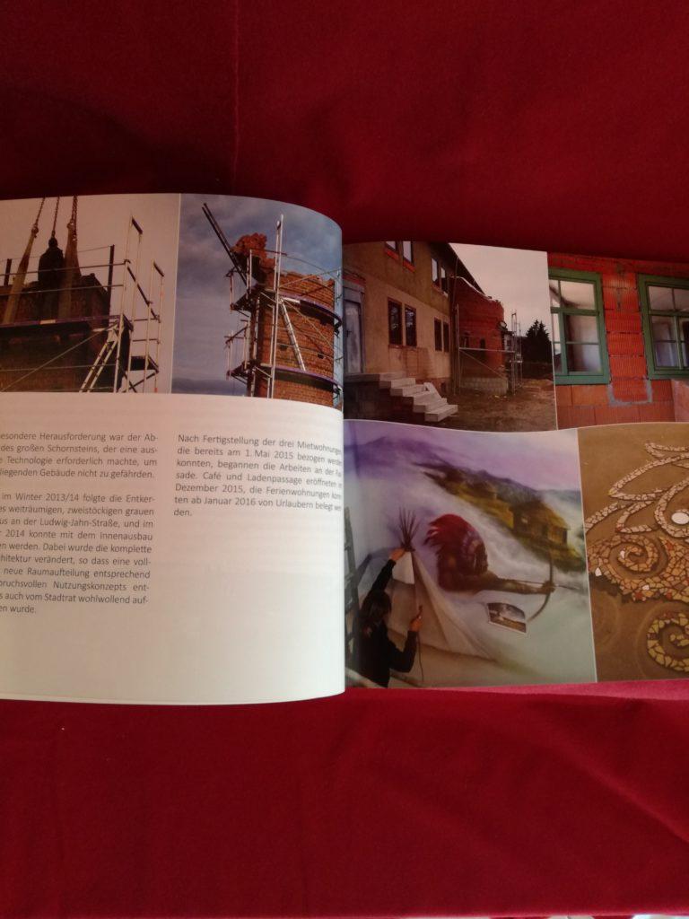 "Hauptbild: Buch ""Das HundertWeltenhaus"""